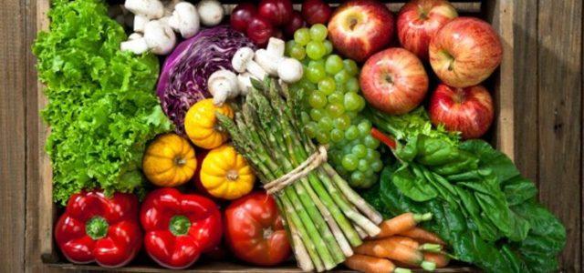 Η διατροφική αξία των φρούτων και λαχανικών εποχής